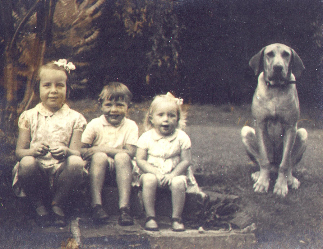 William Wynne Willson with his sisters Mary Ann (left) and Janet and their great dane, Hamlet, c. 1938