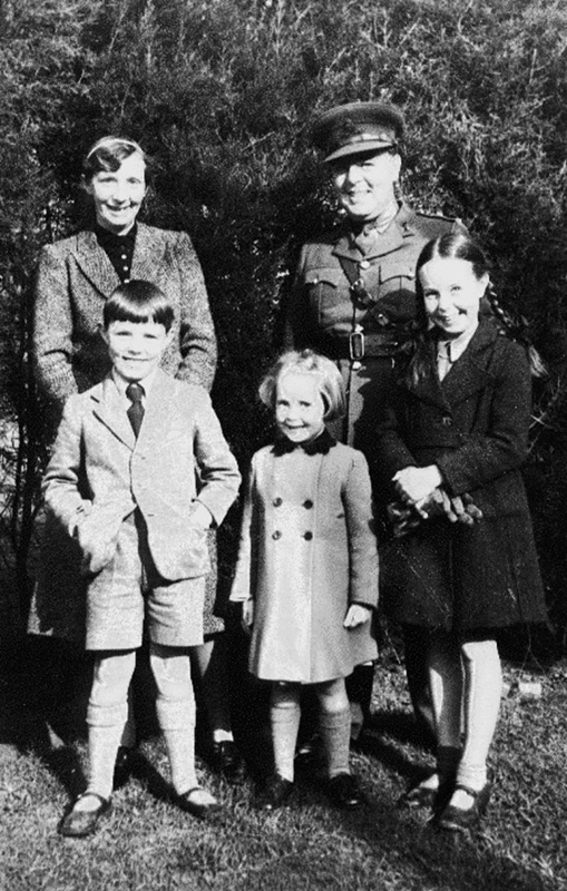 William Wynne Willson with his parents, Janet and Mary Ann, c1939